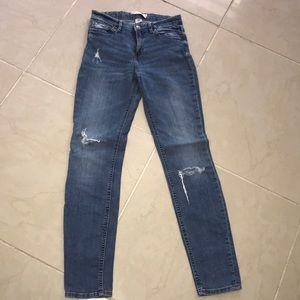 H&M Skinny Distressed Jeans Sz. 6